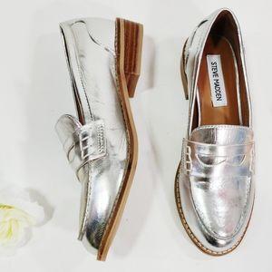 Steve Madden Cyylo Silver Penny Loafer Flats 6
